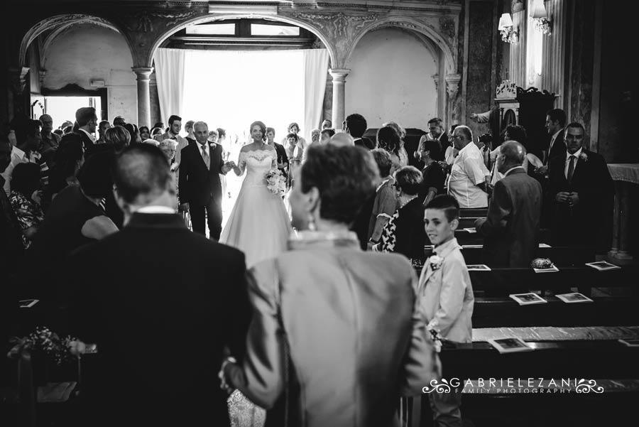 foto matrimonio lunigiana gabriele zani ingresso sposa
