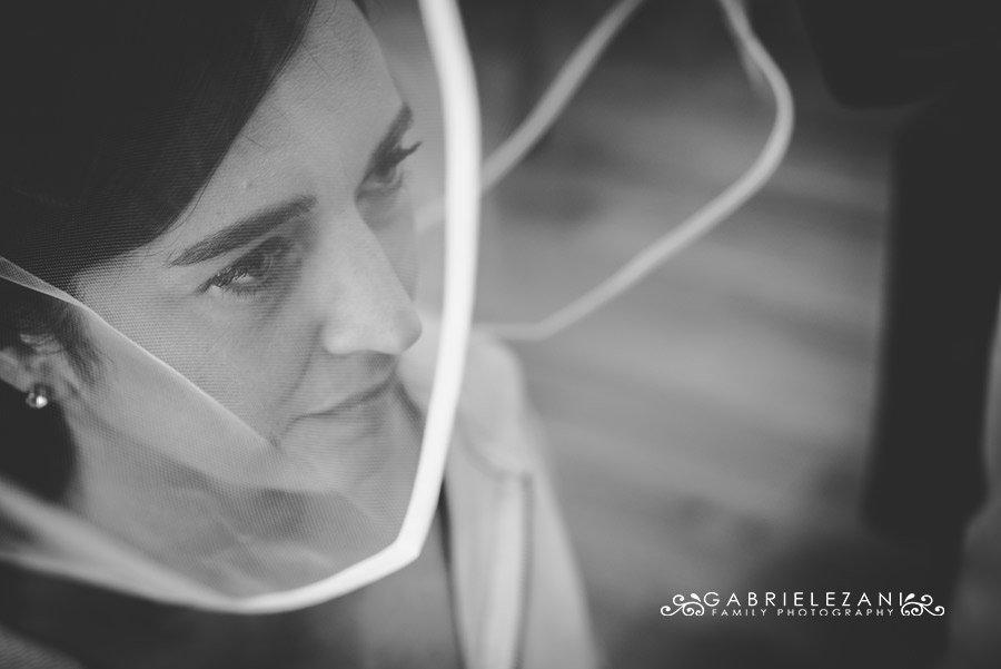 fotografo matrimonio liguria ritratto con velo