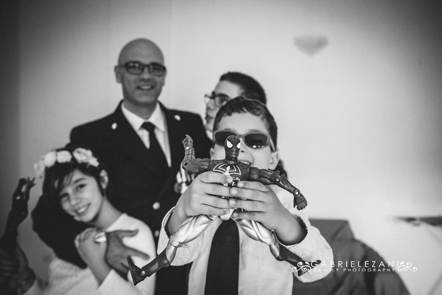 fotografo matrimonio liguria sposo e bimbi