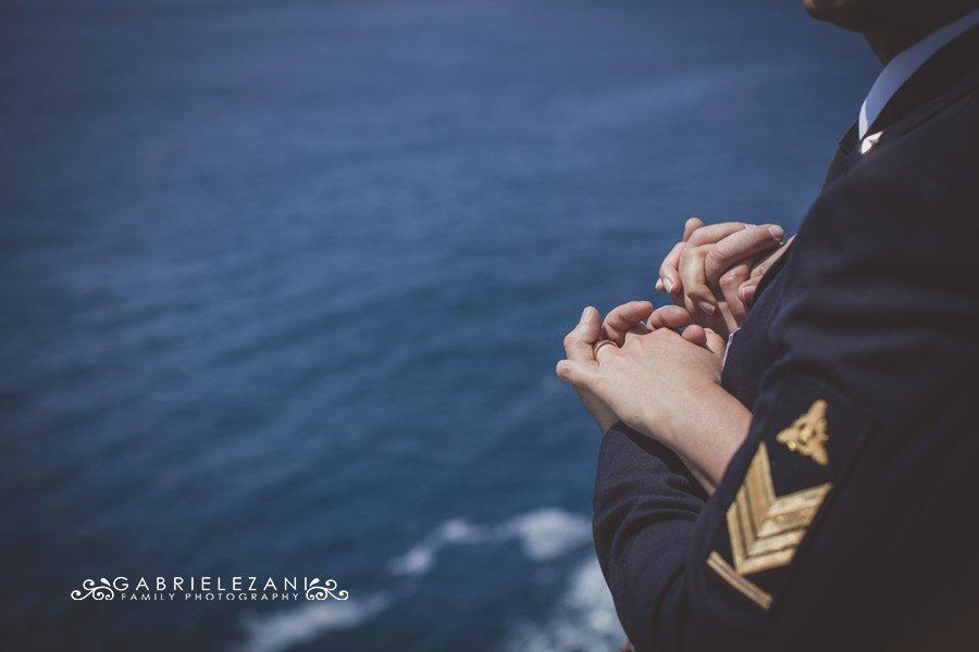 fotografo matrimonio liguria mani degli sposi