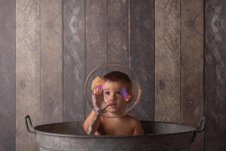 foto bambini e famiglie-la spezia-gabriele zani bagnetto bolle di sapone