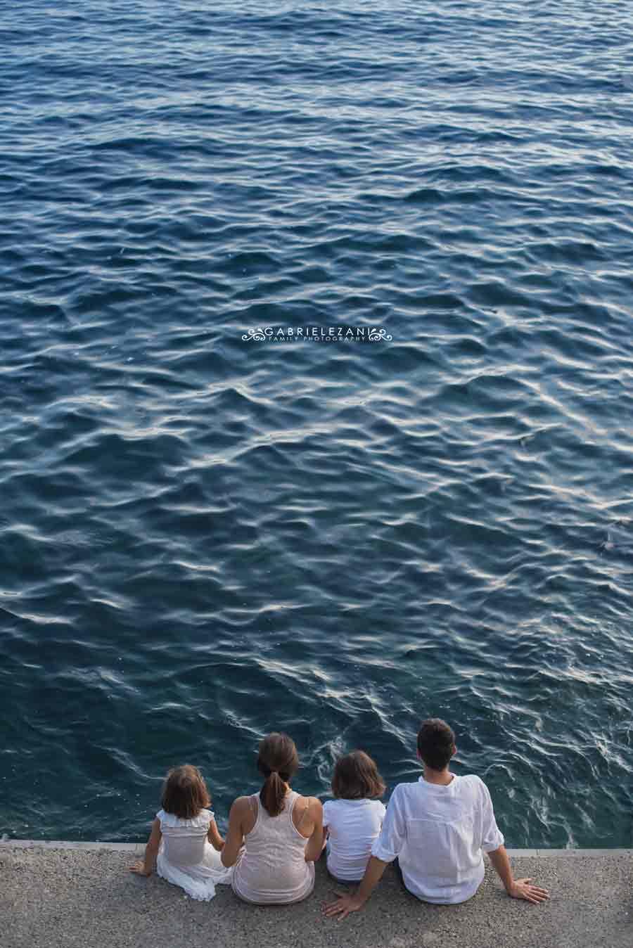fotografo famiglia cinque terre #family mare molo