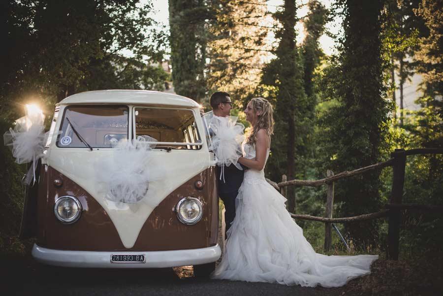 foto matrimonio lunigiana furgone vintage