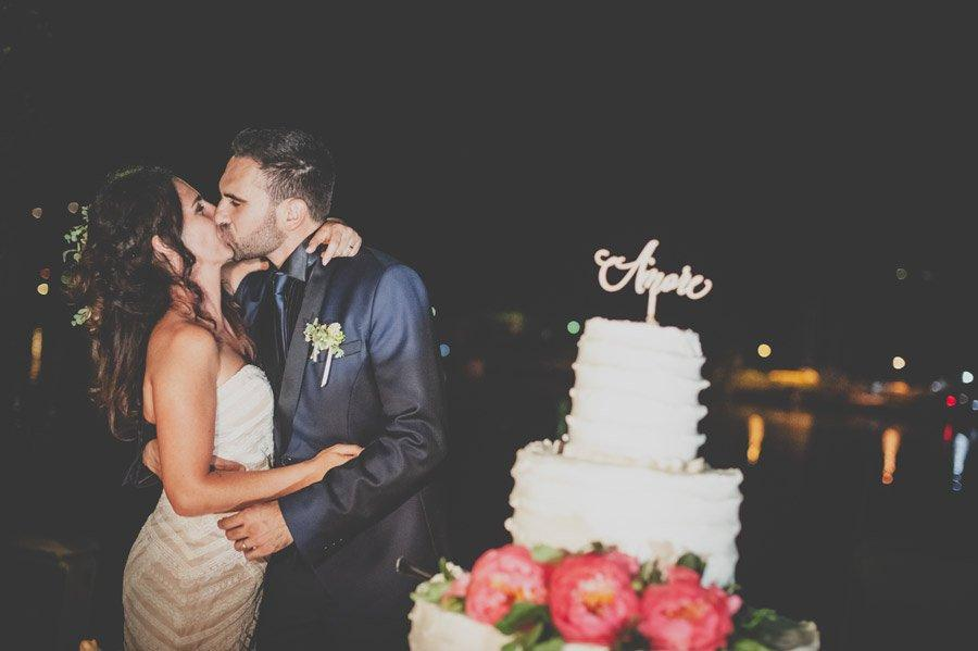 fotografo matrimonio liguria gabriele zani bacio e torta