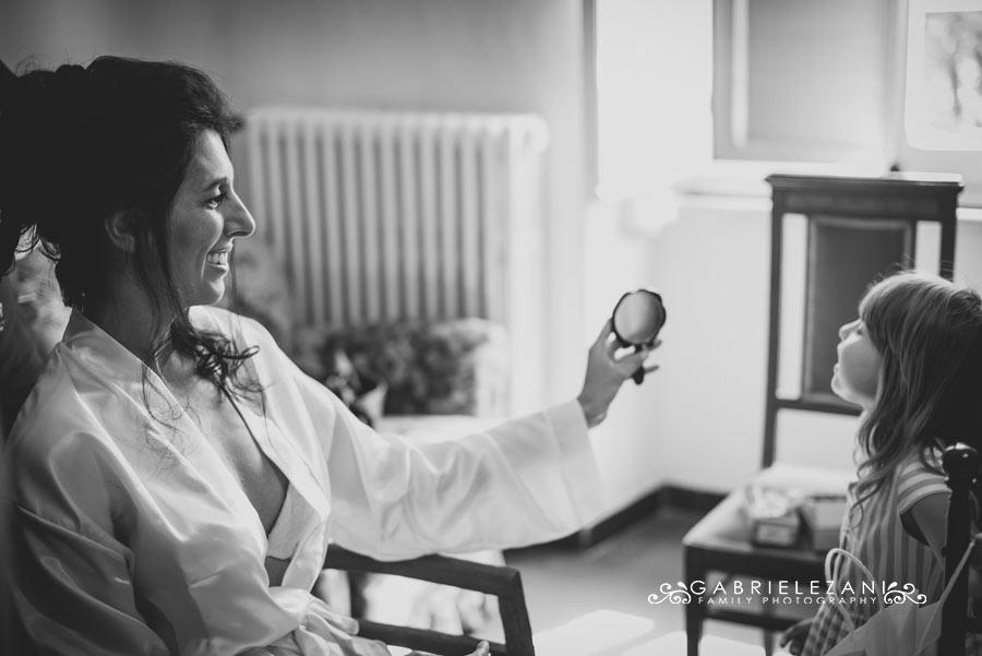 fotografo matrimonio italia-australia sposa con damigella