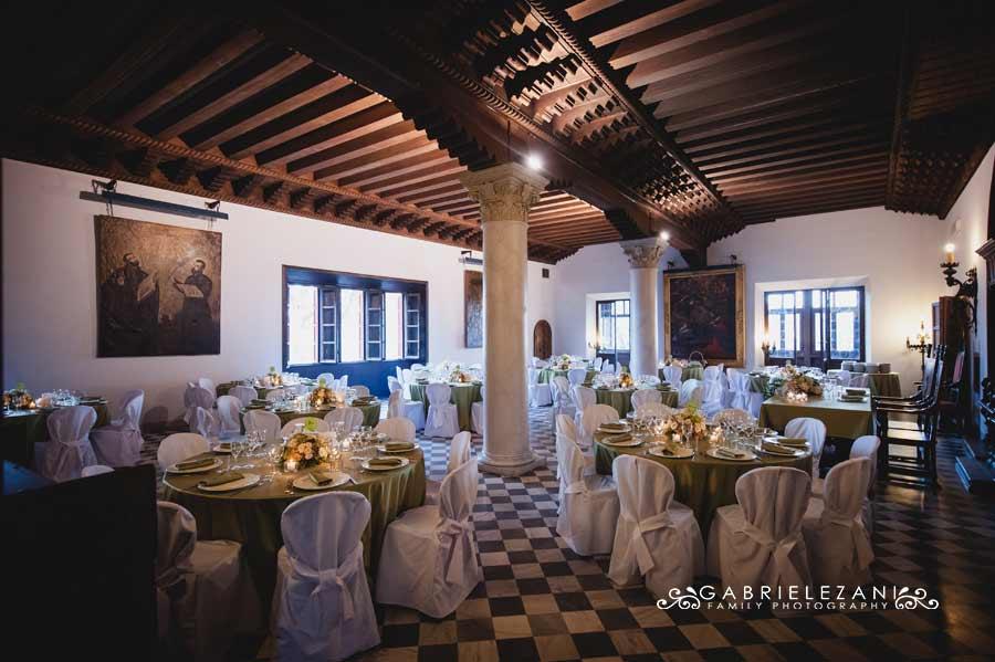fotografo matrimonio italia-australia castello sala ricevimento