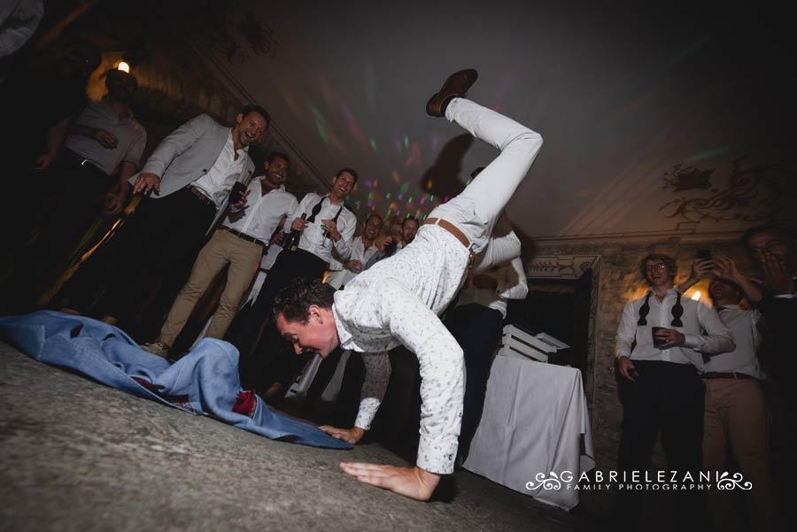 fotografo matrimonio italia-australia festa balli
