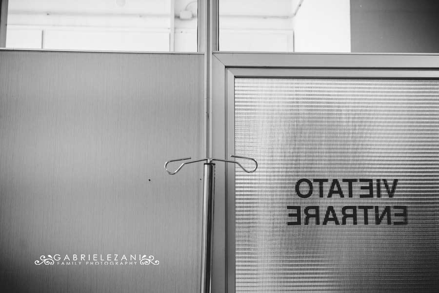 fotografo nascita la spezia ingresso del reparto operatorio