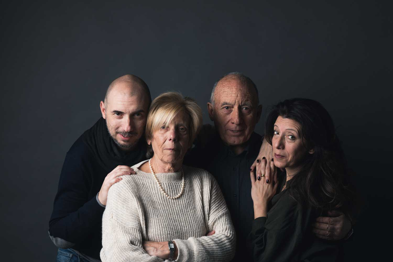 fotografo famiglia liguria un abbraccio unico